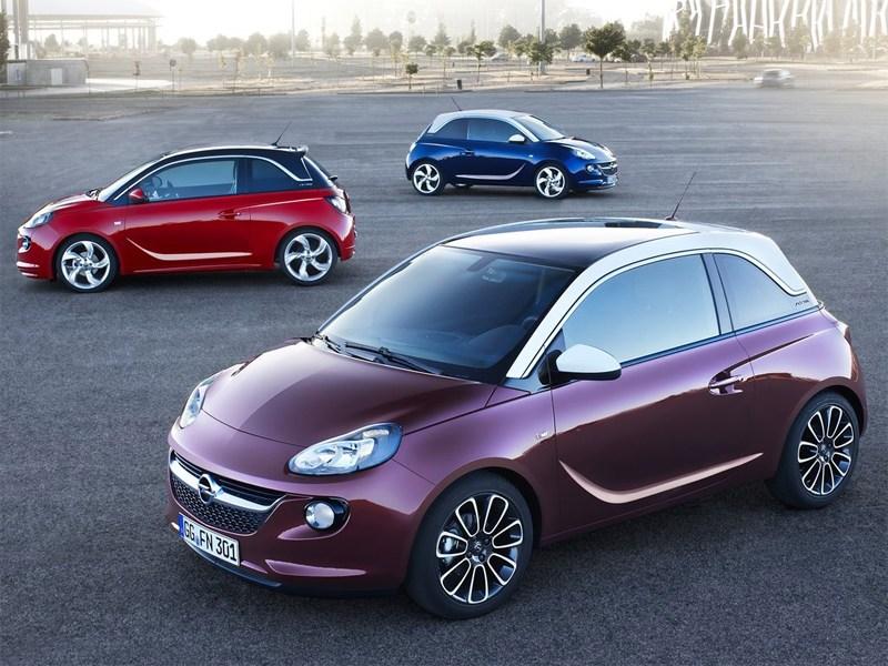 Opel Adam 2013 общий вид