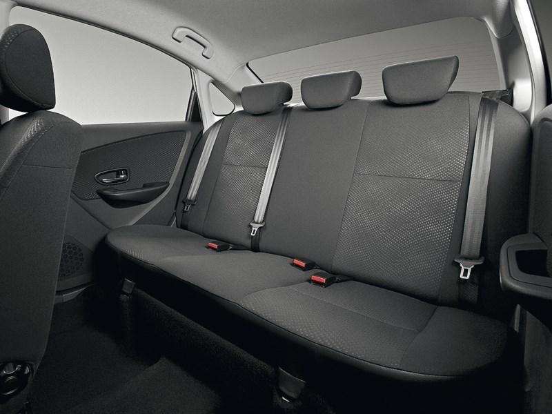 Nissan Almera 2013 задний диван