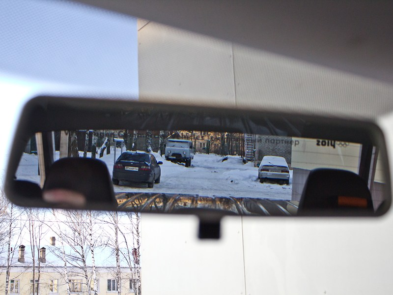 Volkswagen Amarok 2010 салонное зеркало