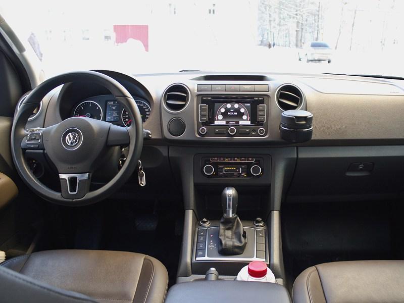 Volkswagen Amarok 2010 водительское место