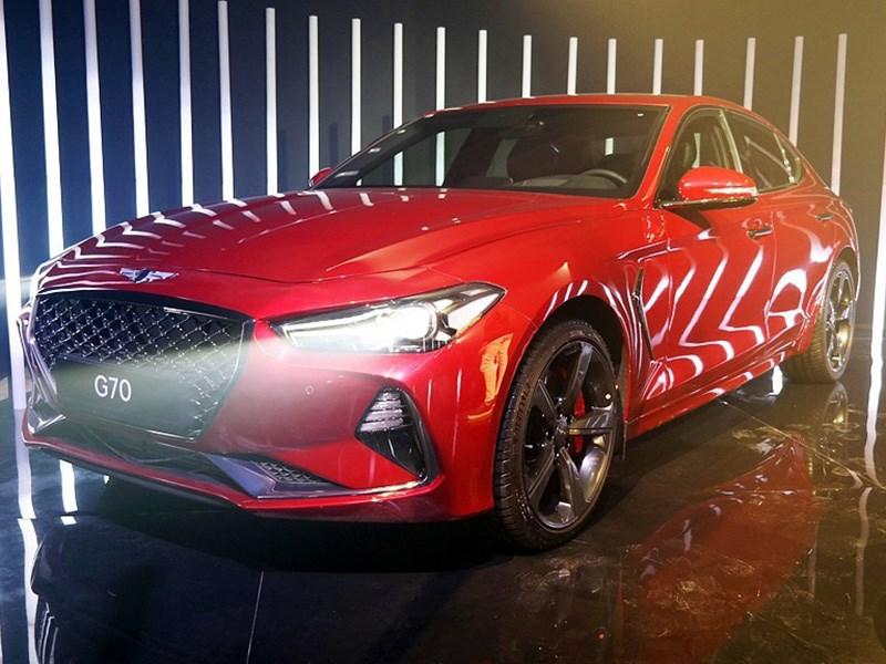 Genesis привез в Россию конкурента «трешки» BMW