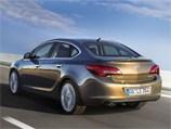 В России появился новый седан Opel Astra