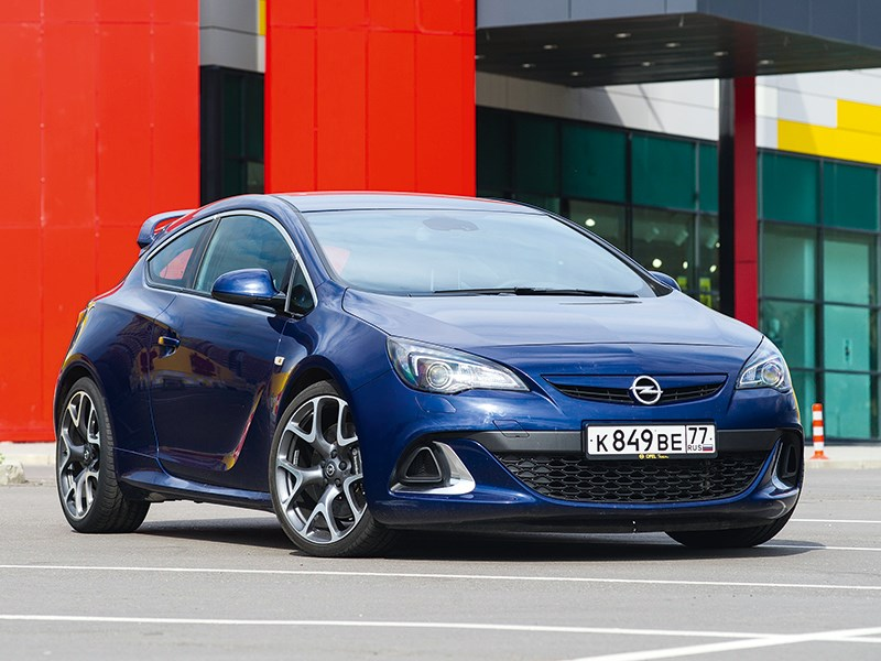 Opel Astra OPC - opel astra opc 2013 вид спереди