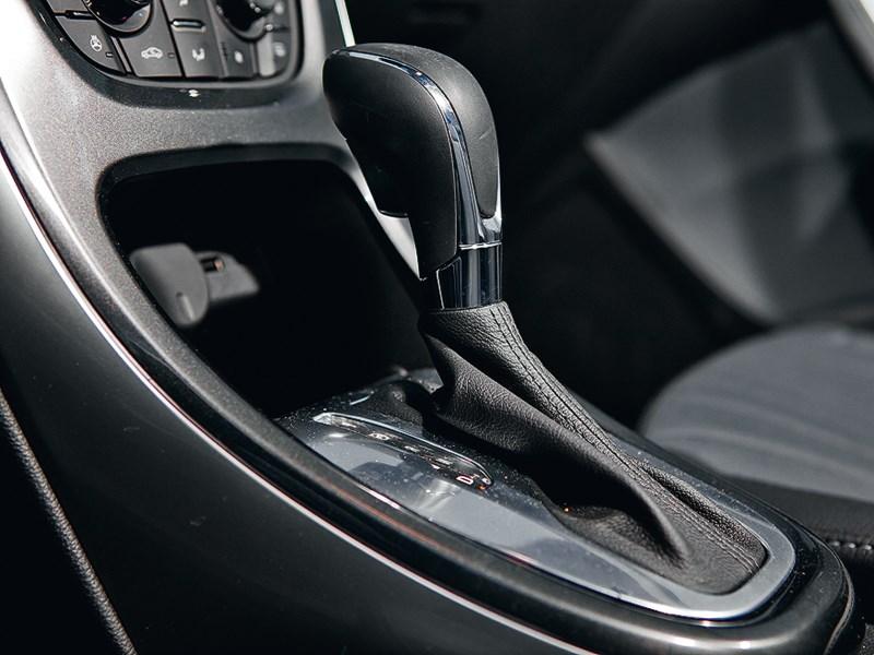 Opel Astra 2012 6АКПП