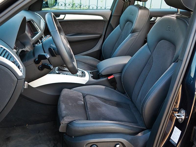 Audi Q5 2013 передние кресла