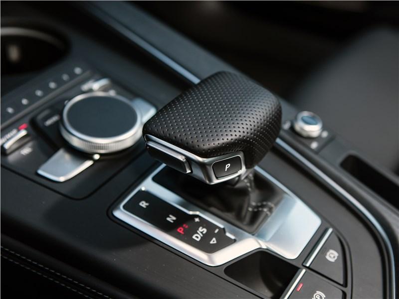 Audi A4 2016 7АМКП