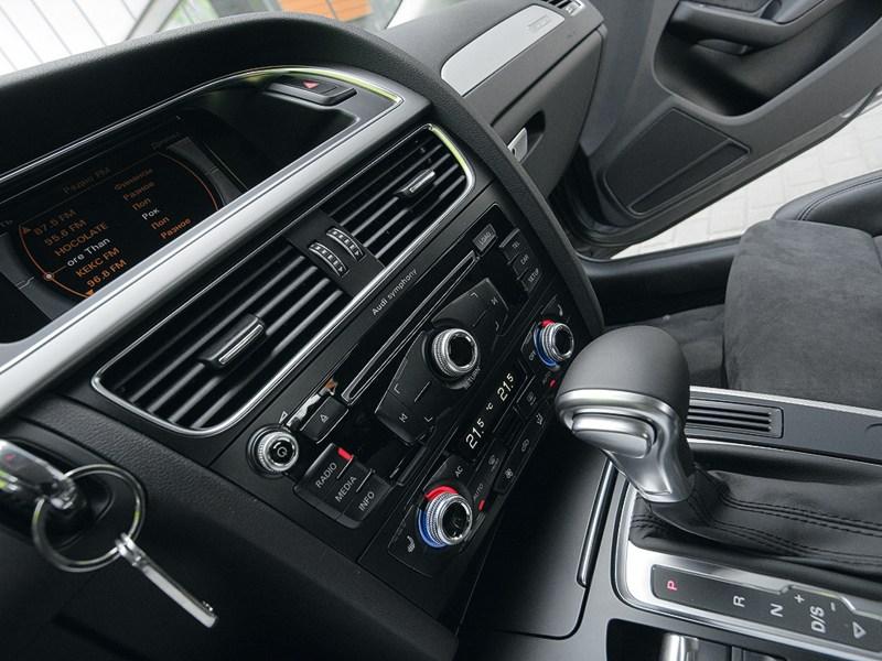 Audi A4 2012 центральная консоль