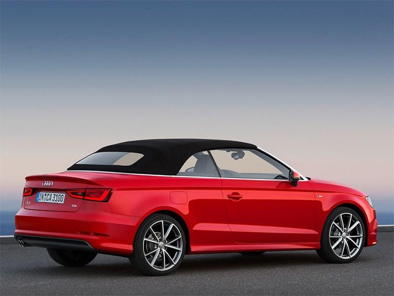 Audi A3 Cabriolet 2013 вид сзади 3/4