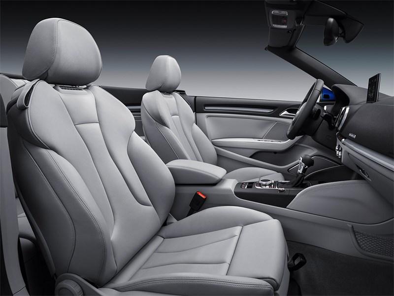 Audi A3 Cabriolet 2013 передние кресла