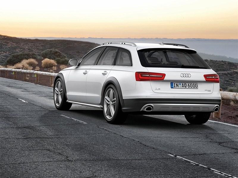 Audi A6 allroad quattro 2013 вид сзади