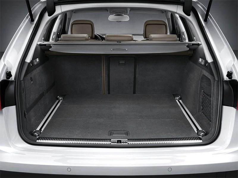 Audi A6 allroad quattro 2013 багажное отделение