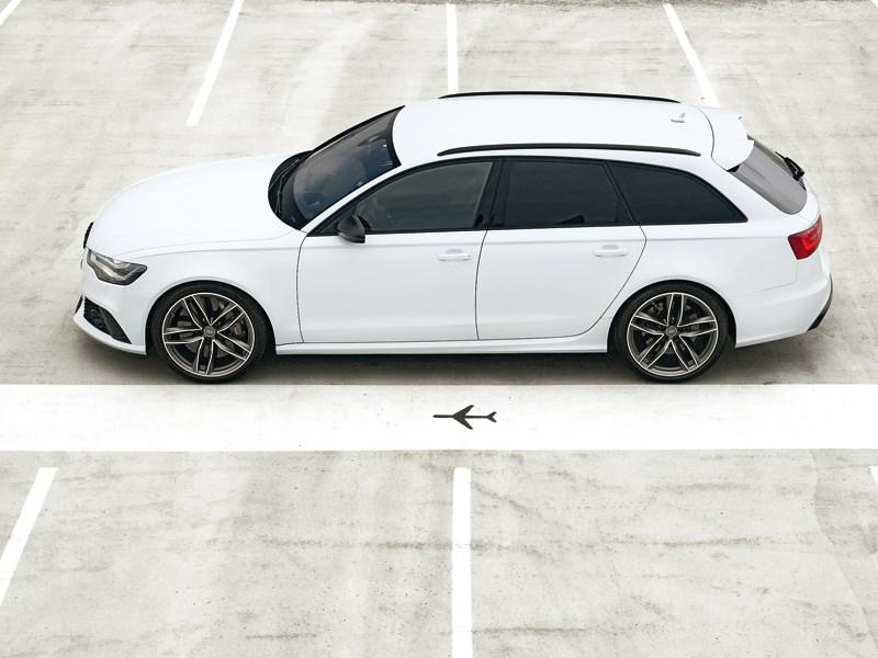 Audi RS6 2013 вид сбоку