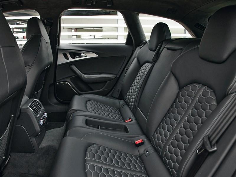 Audi RS6 2013 задний диван