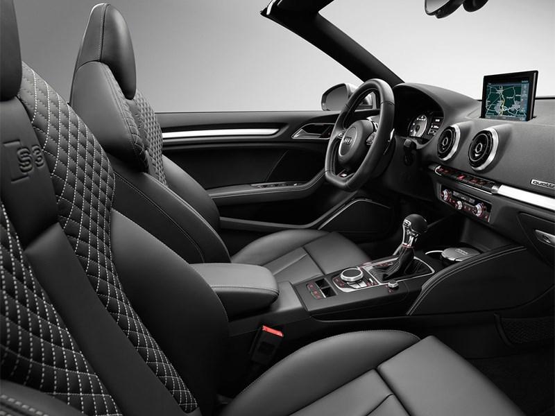 Audi S3 Cabriolet 2015 передние кресла