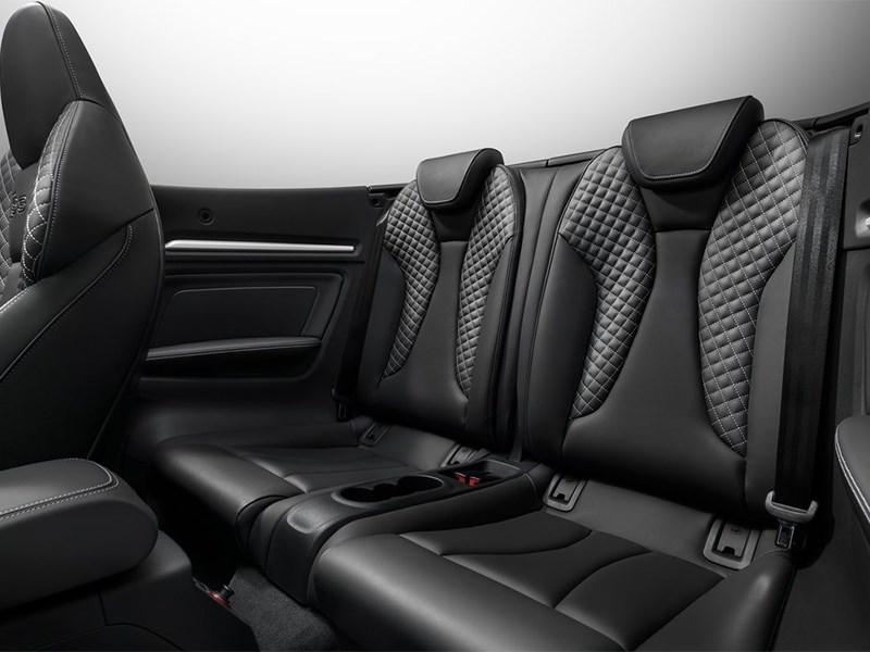 Audi S3 Cabriolet 2015 задние кресла