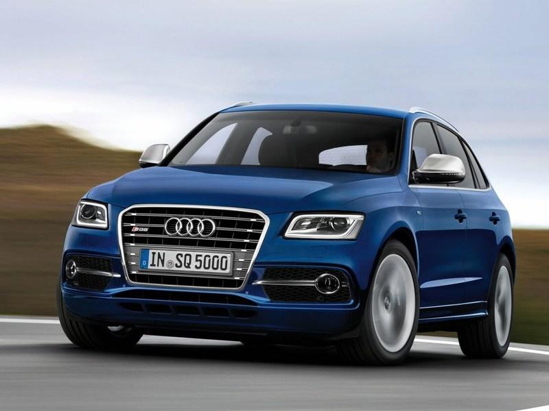 Audi SQ5 2013 вид спереди