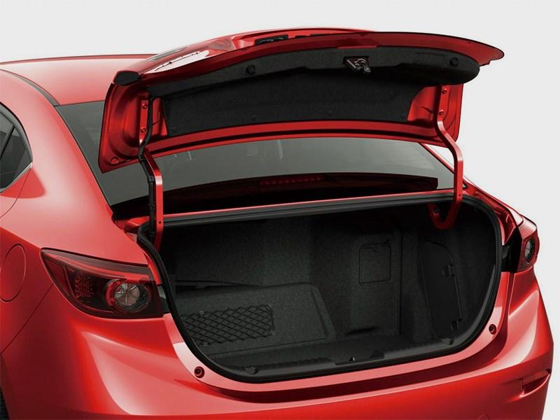 Mazda Axela 2013 багажное отделение