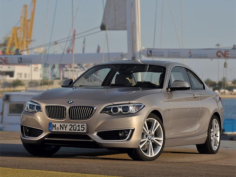 BMW 2 Series 2013 вид спереди