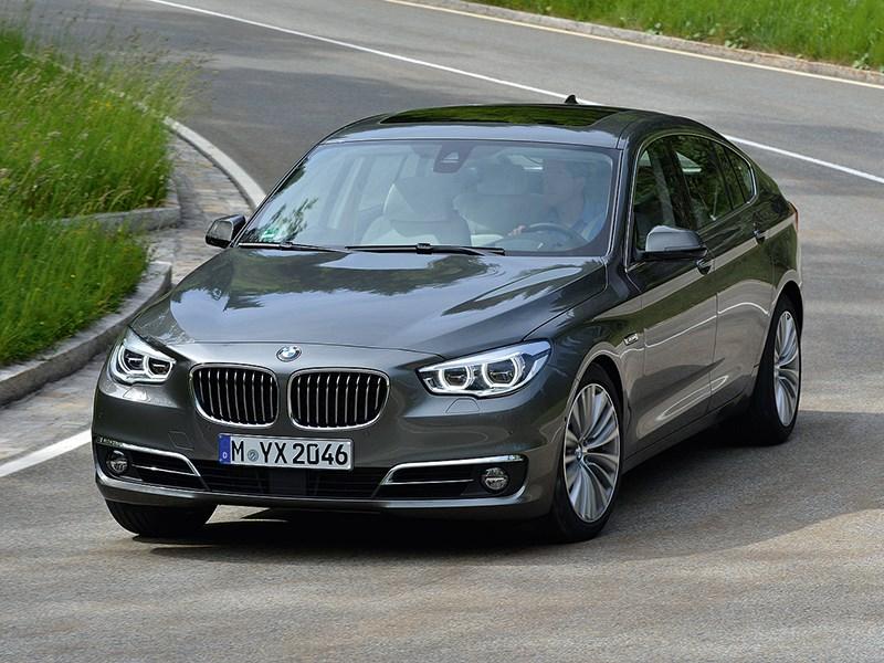BMW 5 GT 2013 вид спереди