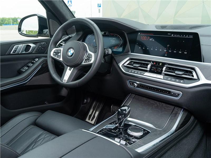 BMW X7 xDrive40i 2019 салон
