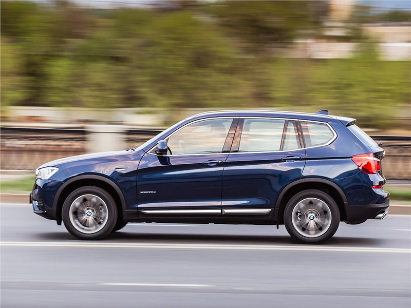 BMW X3 30d 2015 вид сбоку