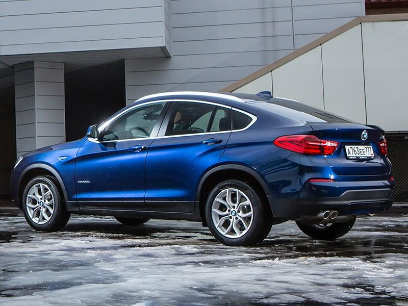 BMW X4 2014 вид сзади