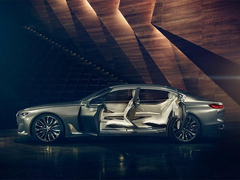 BMW Vision Future Luxury Concept 2014 вид сбоку с открытыми дверями