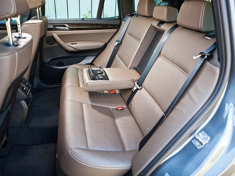 BMW X3 2011 задний диван