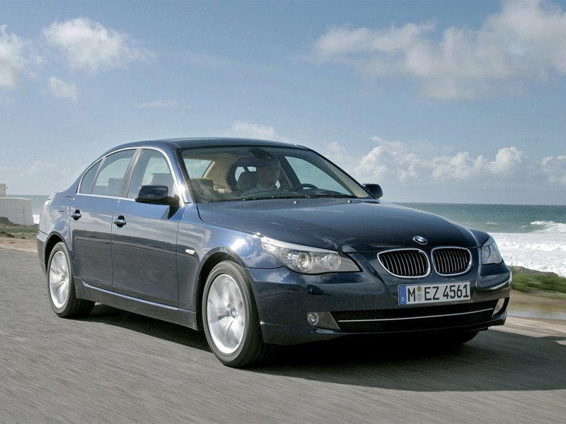 Audi A6, BMW 5 series, Mercedes-Benz E-Class - bmw 5 series 2008 вид спереди