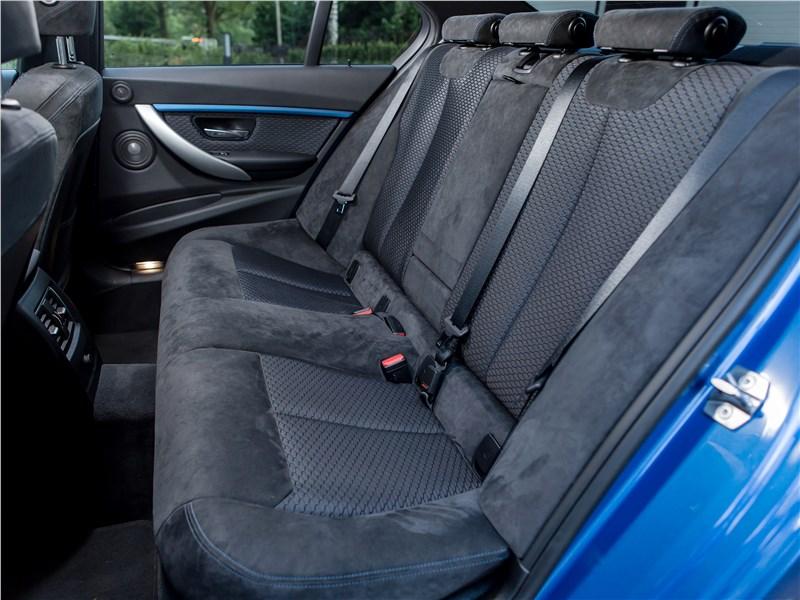 BMW 3 series 2016 задний диван