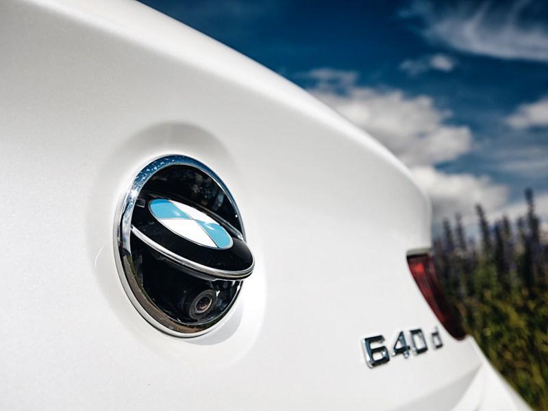 BMW 6 Series Gran Coupe 2012 камера заднего вида
