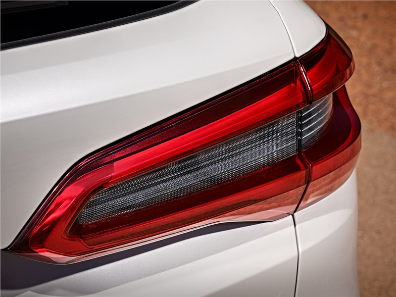 BMW X5 габаритные огни