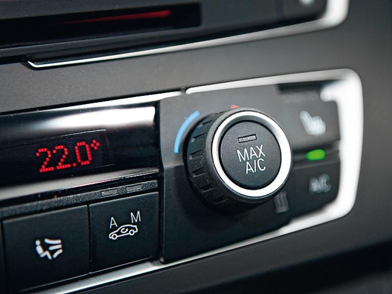 BMW M 135i xDrive 2013 управление климатом