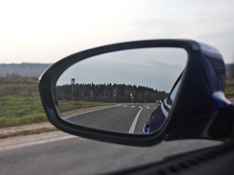 BMW M6 Cabrio 2012 зеркало