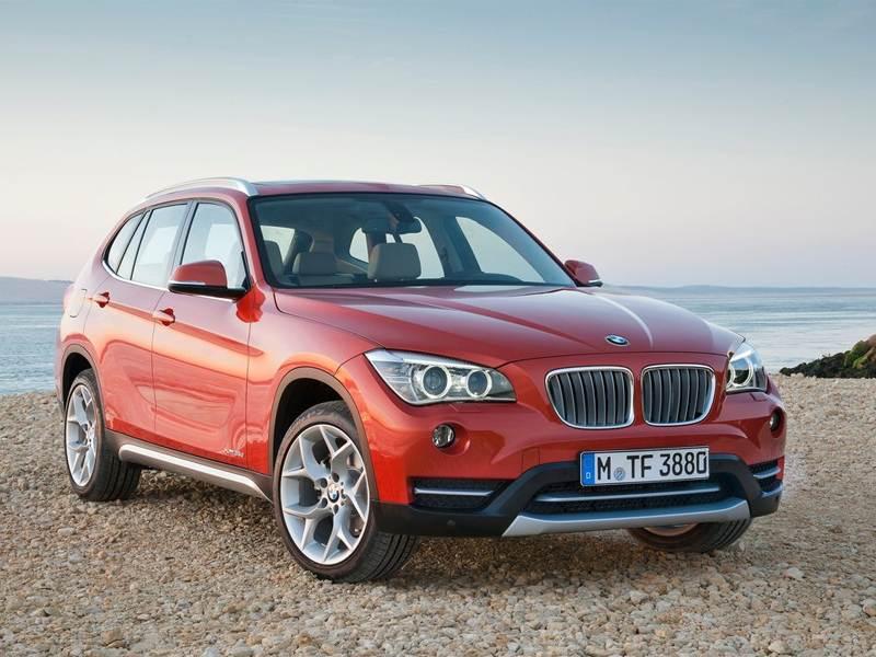 BMW X1 2013 вид спереди