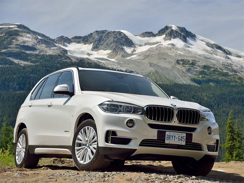 BMW X5 2013 вид спереди