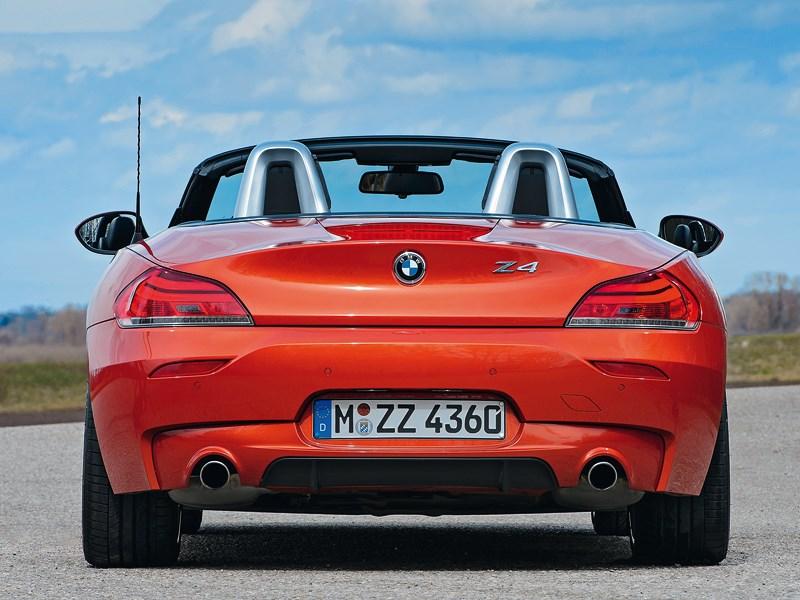 BMW Z4 2013 вид сзади