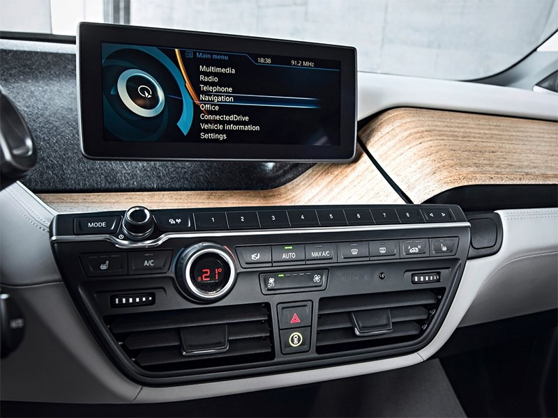 BMW i3 2014 салон