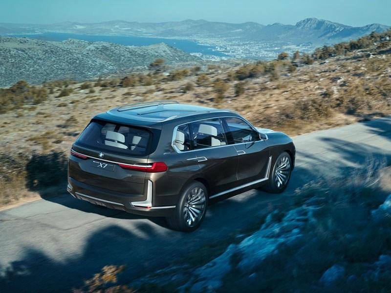 http://cdn.motorpage.ru/Photos/800/BMW_i_SUV_Tr.jpg