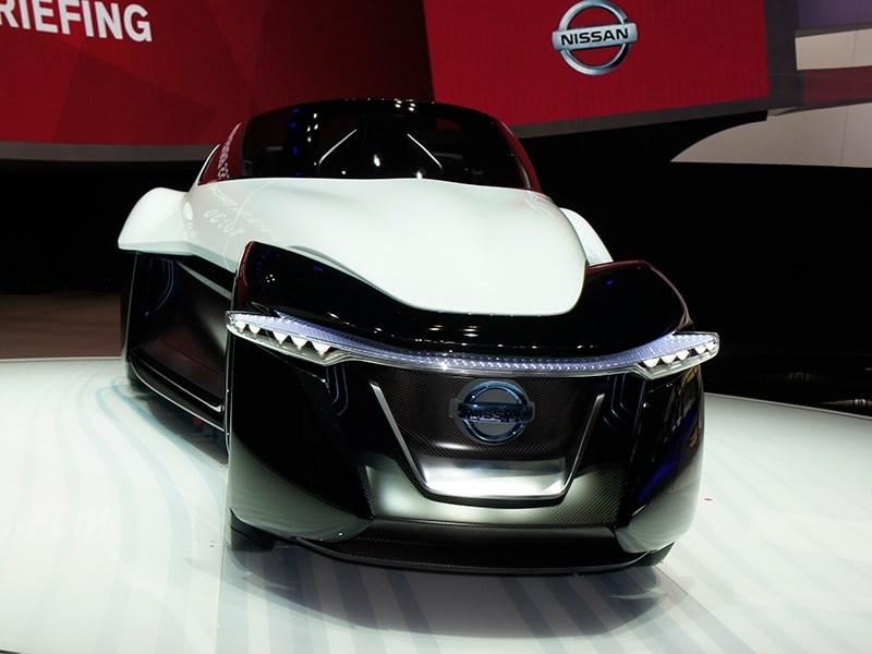 Nissan BadeGlayder concept 2013 3/4 вид спереди