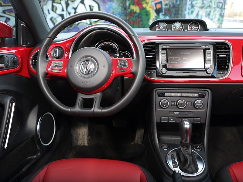 Volkswagen Beetle 2013 водительское место
