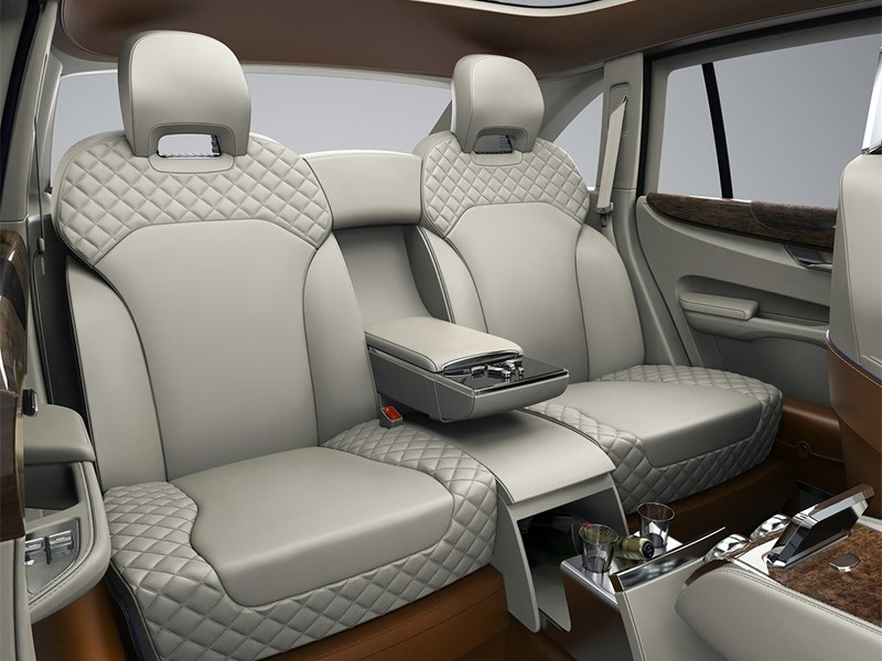 Bentley EXP 9 F Concept 2012 задний диван