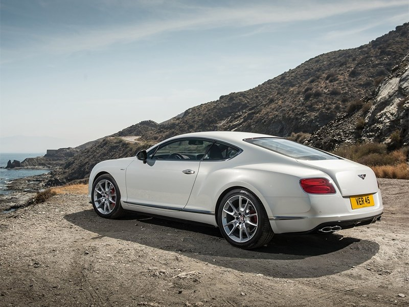 Bentley Continental GT V8 S купе 2014 вид сзади