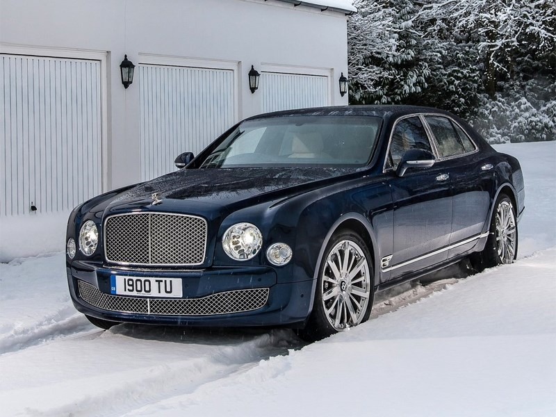Bentley Mulsanne 2014 вид спереди