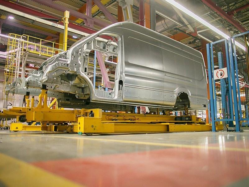 Ford увеличивает производство в России