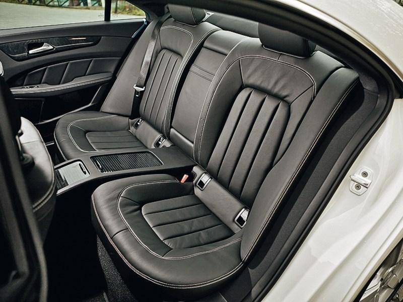 Mercedes-Benz CLS 2012 задний диван