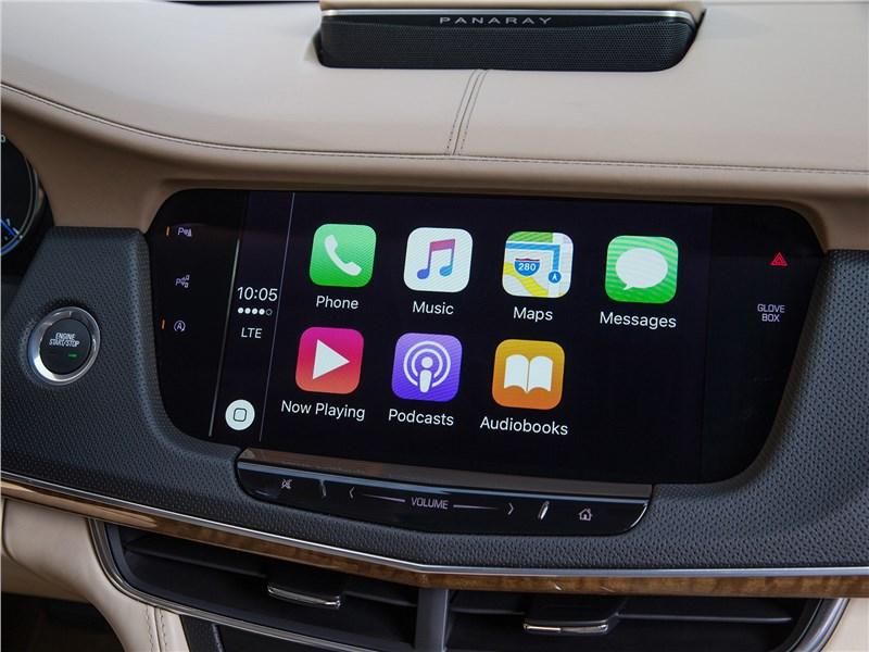 Cadillac CT6 2017 монитор