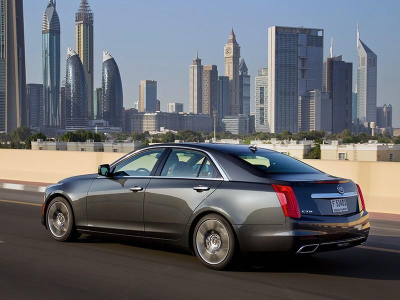 Cadillac CTS 2013 вид сбоку 3/4
