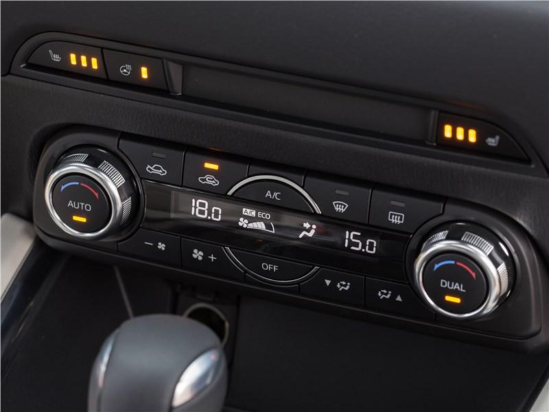 Mazda CX-5 2017 управление климатом