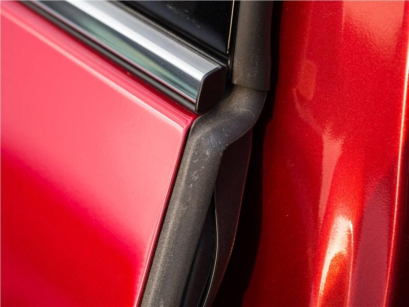 Mazda CX-5 2017 дверь
